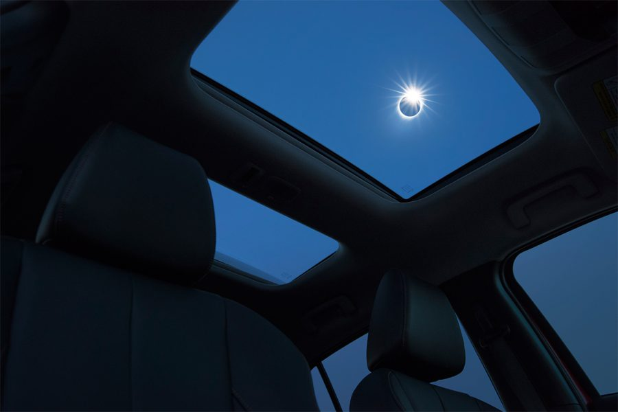 MMNA_EclipseCross_Red_Int_PanoSunroof_Composite4